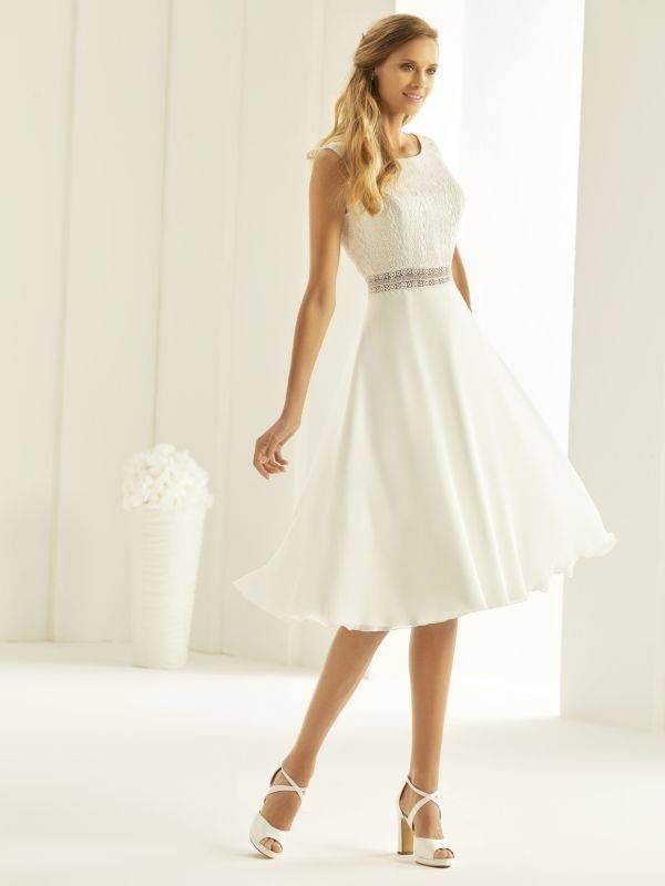 Bienco Evento Florida robe courte mousseline dentelle guipure coloris ivoire taille 36 46 - Accueil